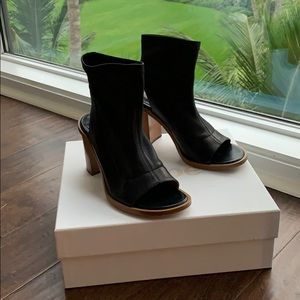Chloe Boots In Baltique Size 37.5